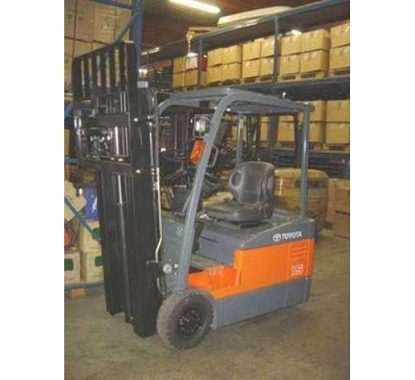 Electrostivuitor Toyota 7FBE15