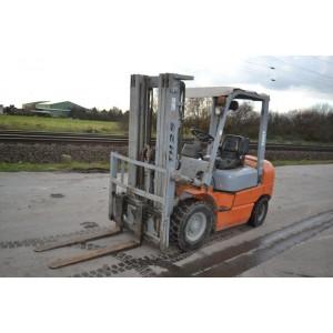 Stivuitor Diesel 2.5 tone Kargo