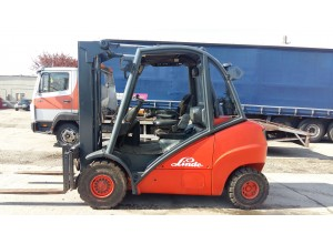 Stivuitor Diesel 3.5 tone Linde