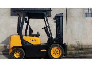 Stivuitor Diesel Daewoo 3 tone