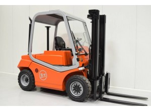 Stivuitor Diesel Cesab 5 tone - soseste curand