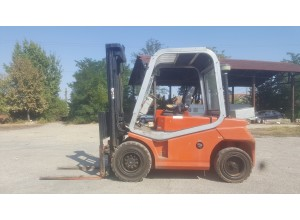 Stivuitor Diesel Cesab 5 tone