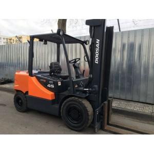 Stivuitor Diesel Doosan 4.5 tone