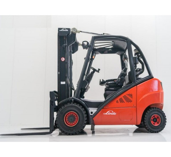 Stivuitor Diesel Linde 2.5 tone - soseste curand