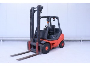 Stivuitor Diesel 3 tone Linde