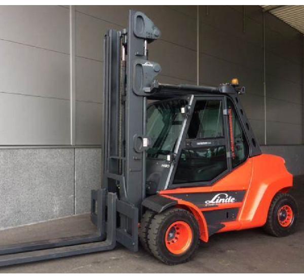 SUPER OFERTA - Stivuitor Diesel Linde 8000 Kg