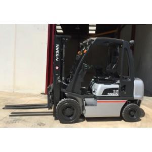 Stivuitor Diesel 2.5 tone Nissan