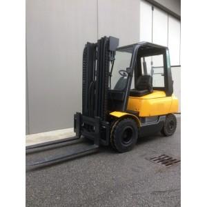 Stivuitor Diesel OM 2.5 tone