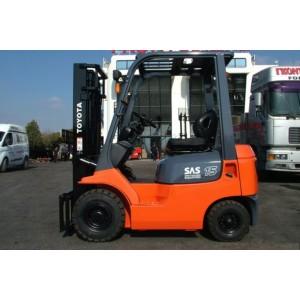 Stivuitor Diesel 1.5 tone Toyota