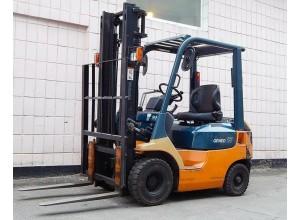 Stivuitor Toyota 1.5 tone - benzina