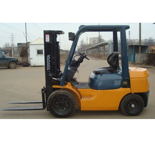 Stivuitor Diesel Toyota 2.5 tone