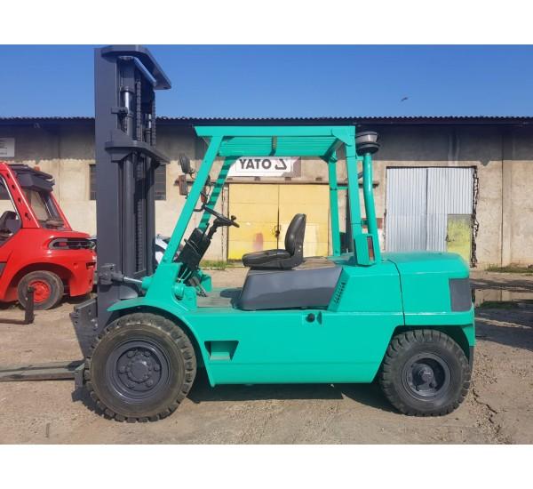 Stivuitor Diesel Mitsubishi 5 tone